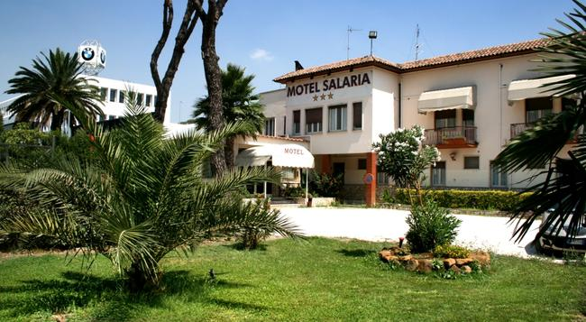 Motel Salaria - 로마 - 건물