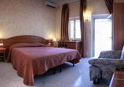 Motel Salaria - 로마 - 침실