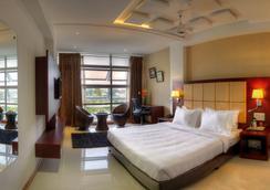 호텔 라즈마할 인 - 마이소르 - 침실