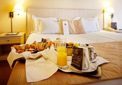 오튜일 투르 에펠 호텔 - 파리 - 침실