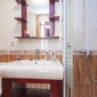 La Casa Del Madrileño Bathroom Shower
