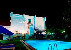 호텔 티모르 - Dili - 수영장
