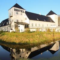 Vraa Slotshotel Hotel Front