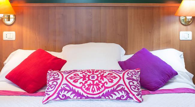 호텔 아이반호 - 로마 - 침실