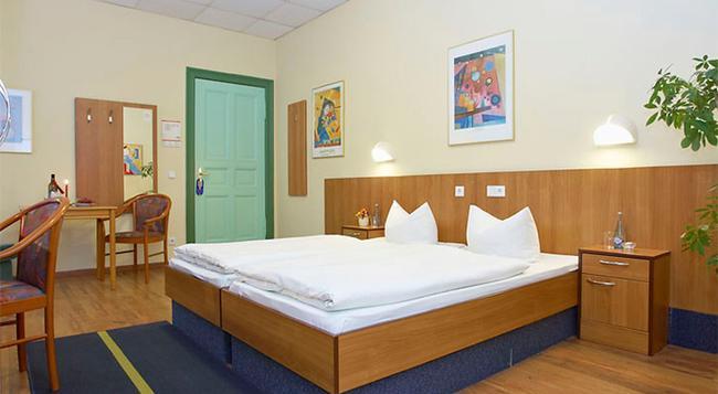 Juncker's Hotel Garni - 베를린 - 침실