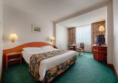 라마다 파크 호텔 - 부쿠레슈티 - 침실
