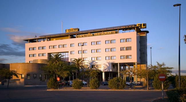 Simba Hotel - Castellon de la Plana - 건물