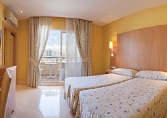 Hotel La Cala - 베니도름 - 침실