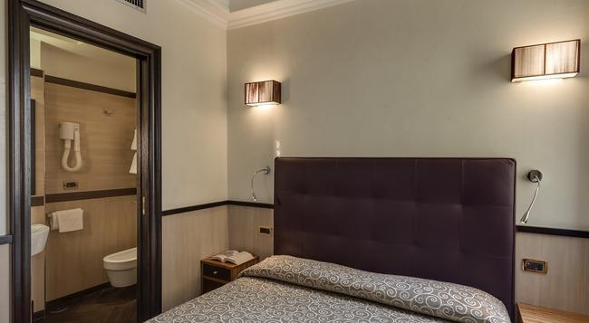 호텔 보로메오 - 로마 - 침실