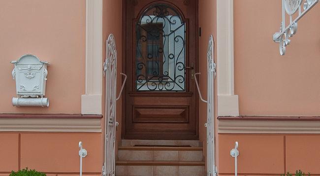 Hotel Schanel Résidence - Rzeszow - 건물