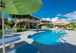 Sapphire Beach Resort - 산페드로 - 야외뷰