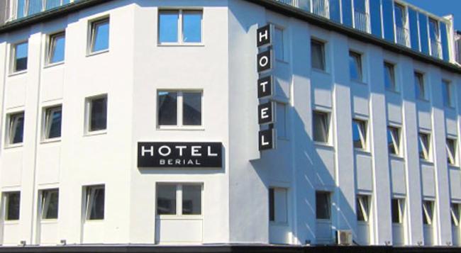 Hotel Berial - 뒤셀도르프 - 건물