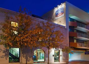 스프링힐 스위트 바이 메리어트 뉴올리언스 다운타운/컨벤션 센터