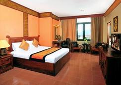 팍세 호텔 앤 래스토랑 - 빡세 - 침실
