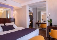 호텔 앙페르 - 파리 - 침실