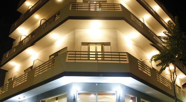 Hotel Sun Holidays - 푸에르토데라크루스 - 건물