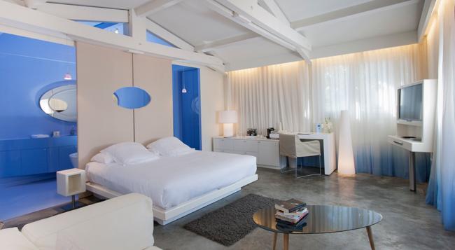 Hotel Benkirai - Saint-Tropez - 침실