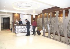 호텔 에메랄드 - Chandigarh - 레스토랑