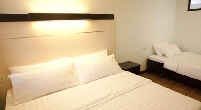 서그부텔 패밀리 호텔 - 세부 - 침실