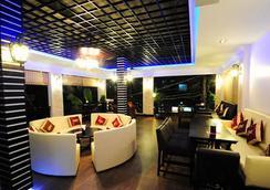 넘버 9 호텔 - 프놈펜 - 레스토랑