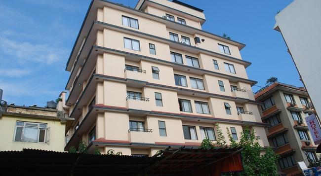 호텔 후지 - 카트만두 - 건물