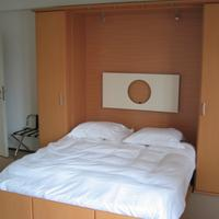 Wake-Up Sandwich Hotel Guestroom