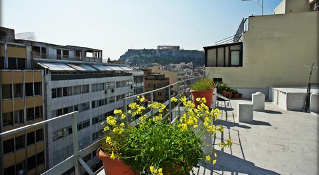 Fivos Hotel - Hostel - 아테네 - 건물