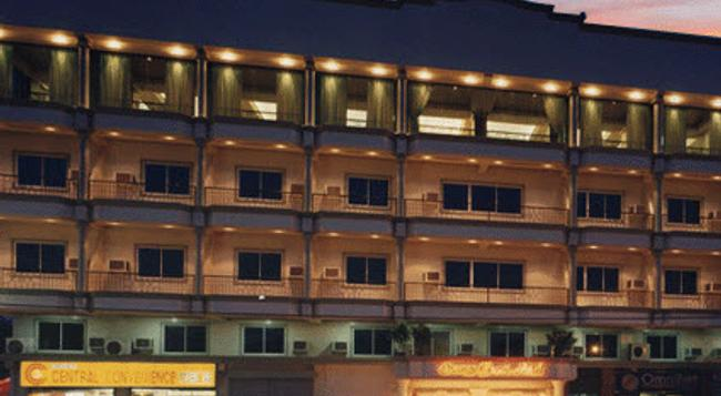 Orange Grove Hotel - 다바오 - 건물