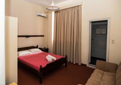 Byzantio Hotel - 칼라마타 - 침실