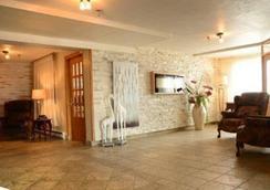Hotel Les Mouettes - Sept-Îles - 로비