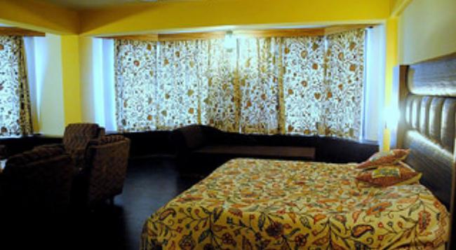 웰컴 호텔 - Srinagar - 침실
