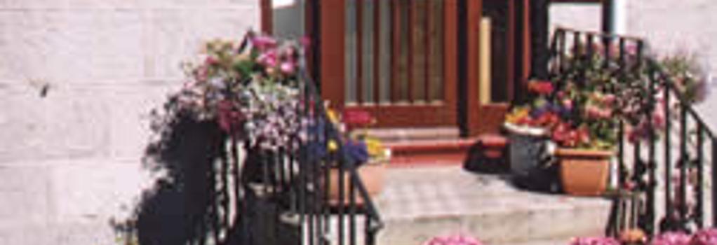Bimini Aberdeen - 애버딘 - 건물