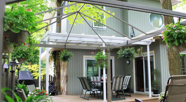 Forest Hill Bed and Breakfast - Kitchener - 건물