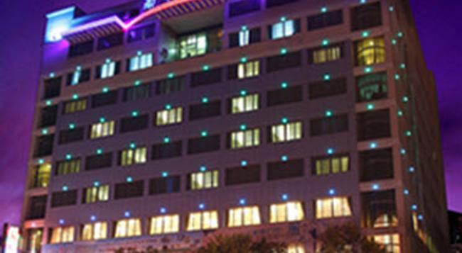 Nan Xiang Hotel - Guiyang - 구이양 - 건물
