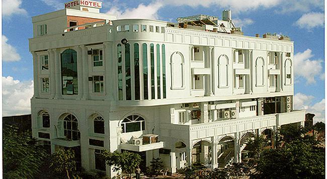 호텔 킹스 코너 - 자이푸르 - 건물