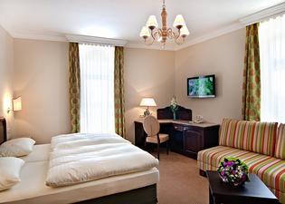 아텔 호텔 라서호프