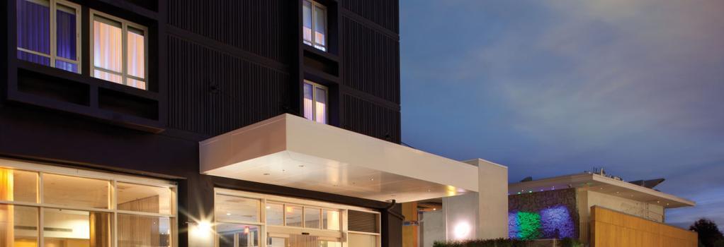 커스텀 호텔 락스, a 조이 드 비브르 부티크 호텔 - 로스앤젤레스 - 건물