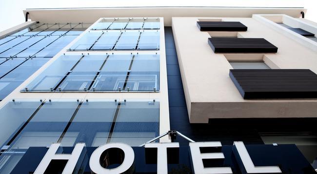 Nova City Hotel Signature Collection - 베오그라드 - 건물
