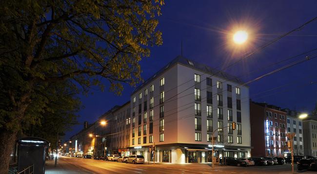 비 바디 호텔 베이어 89 - 뮌헨 - 건물