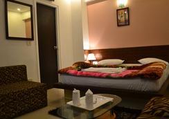 호텔 포트 뷰 - 뉴델리 - 침실