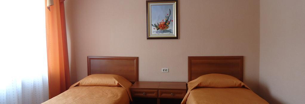 Hotel Astor - Cherepovets - 침실