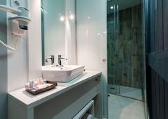 B&B 호텔 푸엔카랄 52 - 마드리드 - 욕실