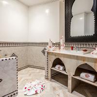 호텔 앤 리아드 아트 플레이스 마라케시 Bathroom