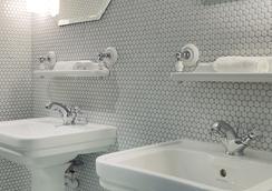 호텔 바쇼몽 - 파리 - 욕실