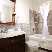 Gran Hotel Costa Rica Bathroom