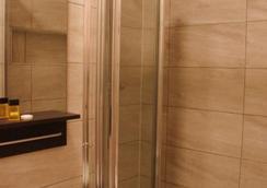 플라자 런던 호텔 - 런던 - 욕실