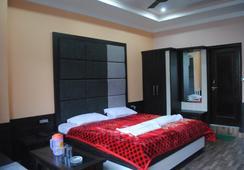 호텔 홀리데이 힐 - Dharamsala - 침실