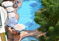 Kleopatra Dreams Beach Hotel - 알라냐 - 수영장