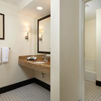 Inn at Pelican Bay Luxury King Studio Bathroom