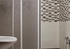 피라미드 호텔 - 로마 - 욕실